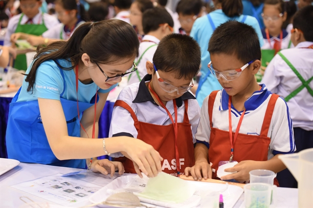 HCM City children learn waste recycling through hands-on experiments