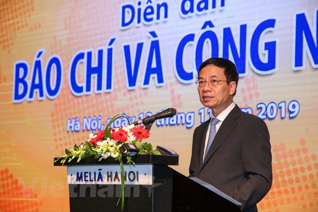 Journalists must embrace technology or risk being replaced: Minister