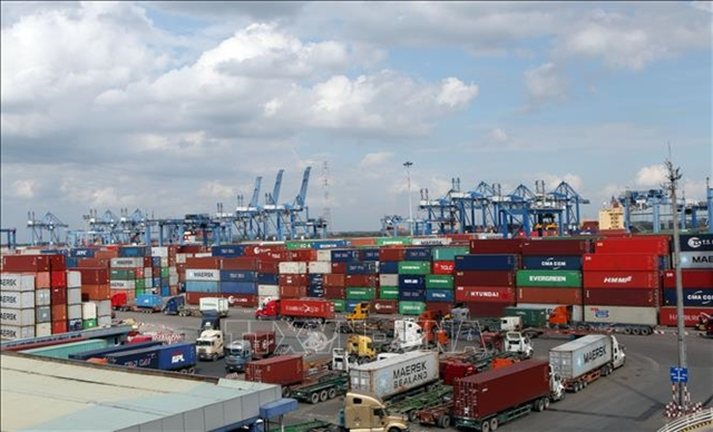Customs dept reduces number of port procedures to ease congestion