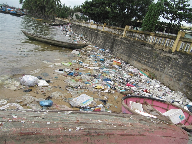 New approach to reduce plastic waste in Vu Gia-Thu Bồn River