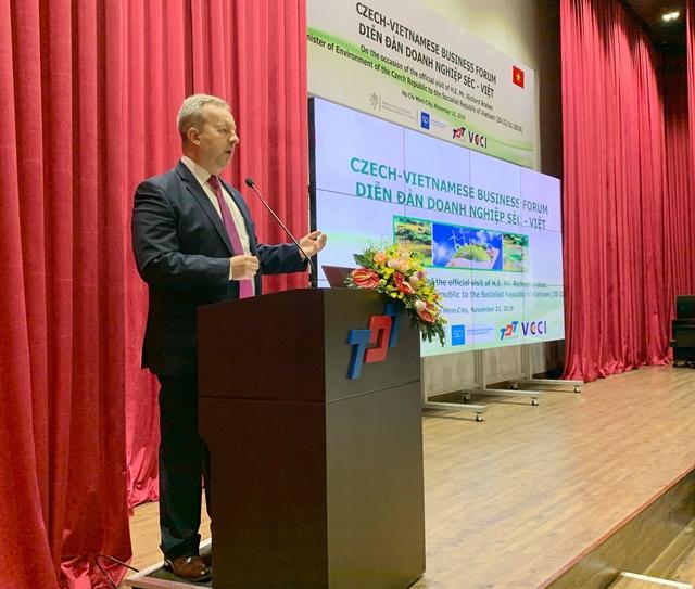 VN Czech Republic seek closer investment trade ties