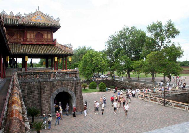 How to make Huế city a real film studio