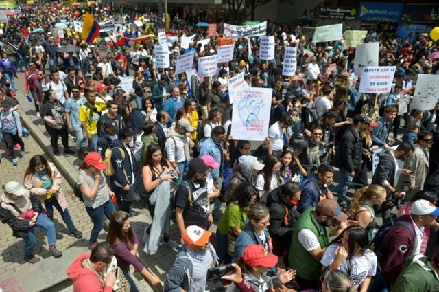 General strike as thousands protest Colombias government