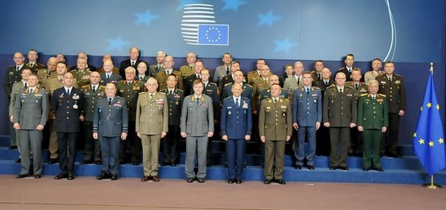 Việt Nam EU step up defence - security ties