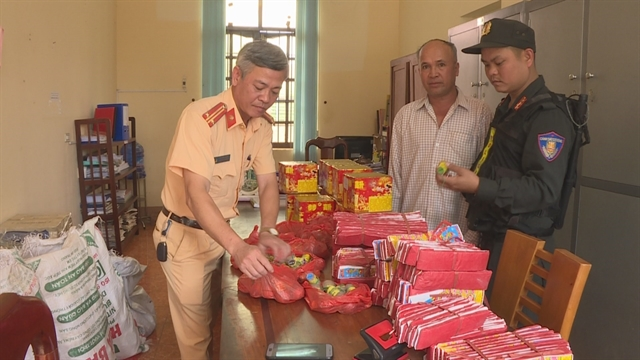 Đắk Lắk police blast open firecracker trafficking case