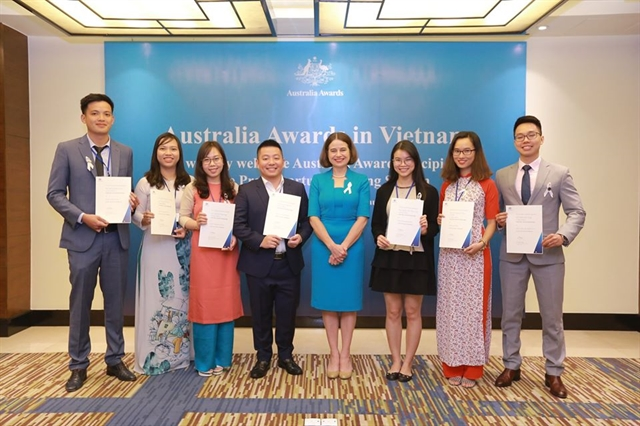 Australia supports Việt Nam in human resources development