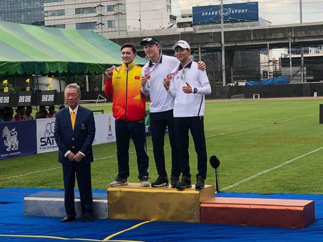 Đầy wins historic silver medal at Asia archery champs