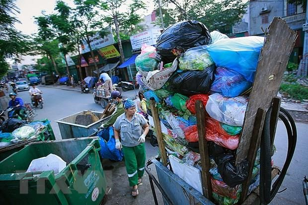 Hà Nội Peoples Committee stops using single-use plastics
