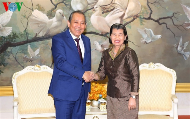 Deputy PM Trương Hoà Bình visits Cambodia