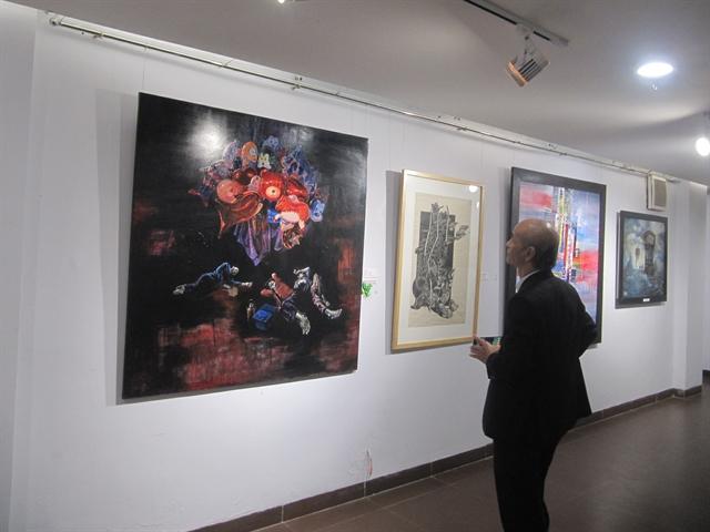 Art exhibition honours local artists