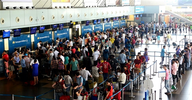 Prices of air tickets for Tết to be strictly controlled: CAAV