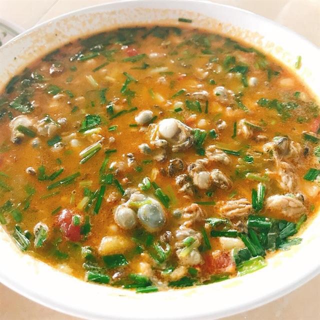 Cháo hàu an unforgettable dish from Quảng Bìnhs Quán Hàu Town
