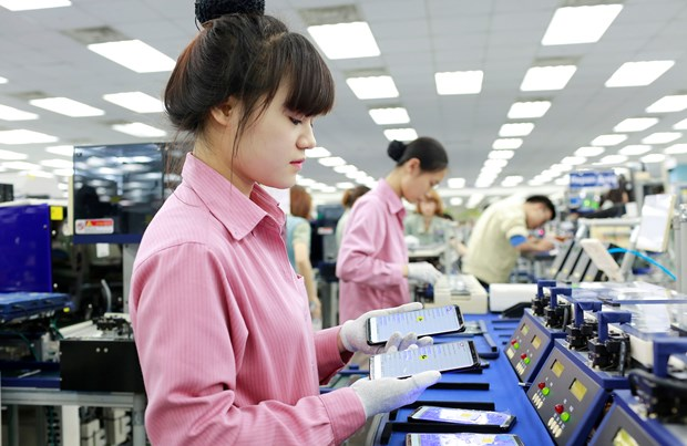Việt Nam remains a top destination for cross-border investment