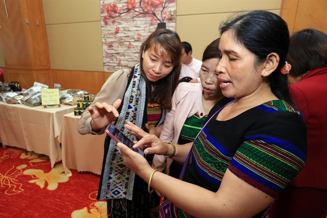 Ethnic minority women accelerate poverty reduction with IR 4.0 technologies