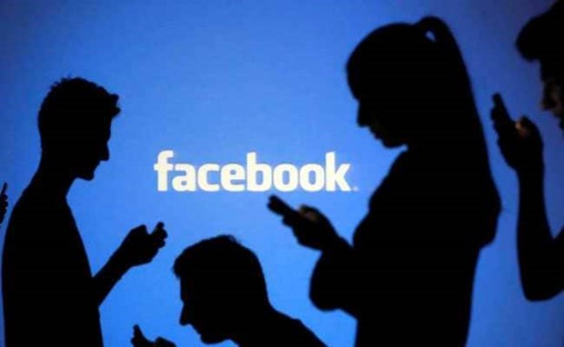 Three Facebook scammers detained in Thanh Hoá