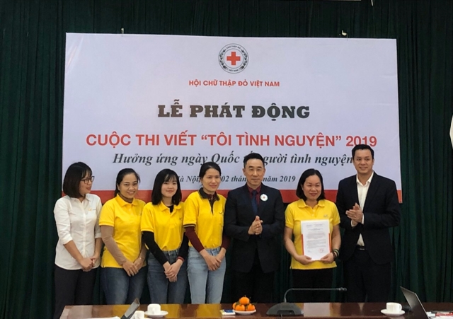 Việt Nam Red Cross launches writing contest on volunteer activities