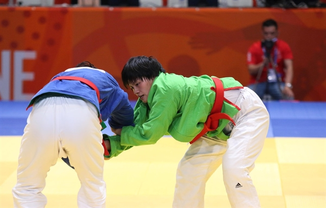 Việt Nam bag 15 golds in second day of SEA Games