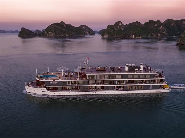 Boutique cruise sails to Cát Bà Archipelago