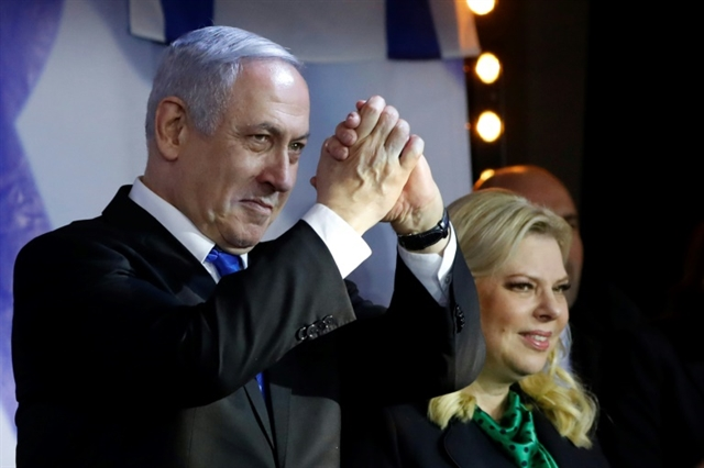 Israels Netanyahu wins ruling party leadership vote