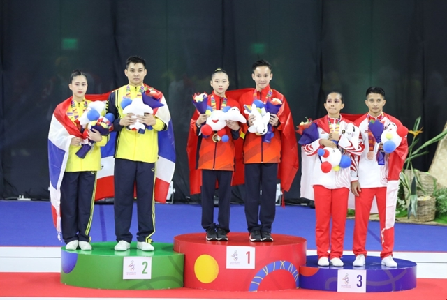 Vietnamese aerobic gymnasts take three golds at SEA Games