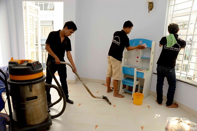 Tết demand drives up prices of house cleaning pet care services