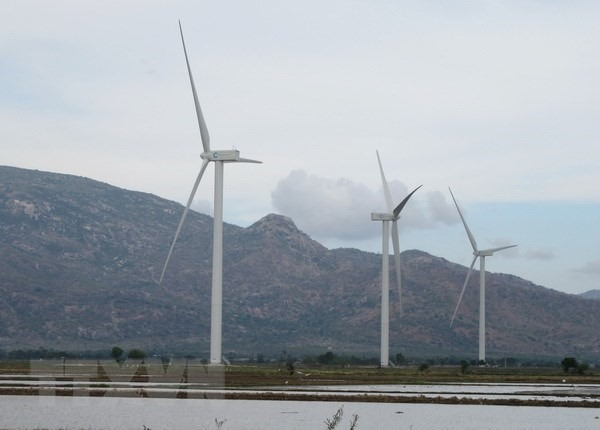 Clean energy attracts investors
