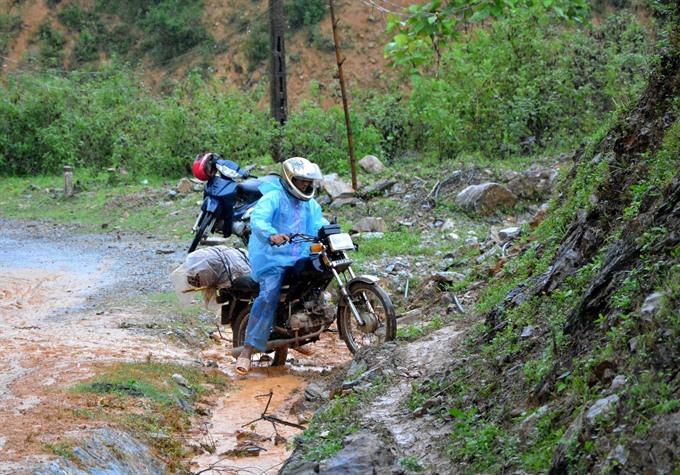 10200 areas face landslide threats