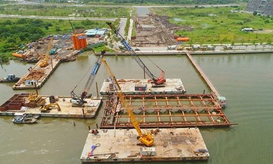 Slow site clearance delays bridge