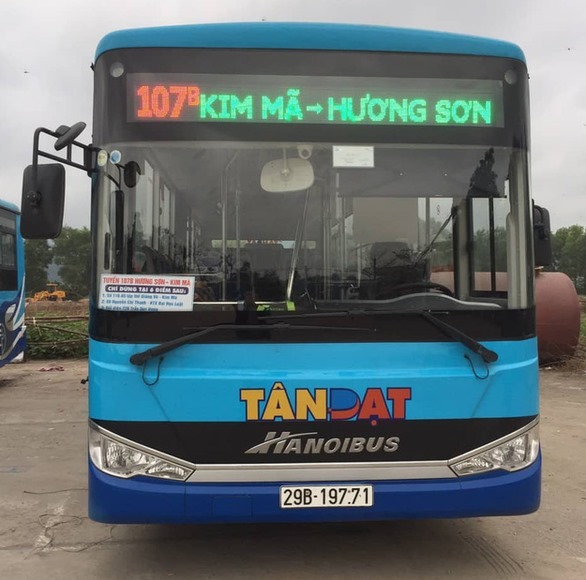 Bus routes from downtown Hà Nội to Hương Pagoda launched