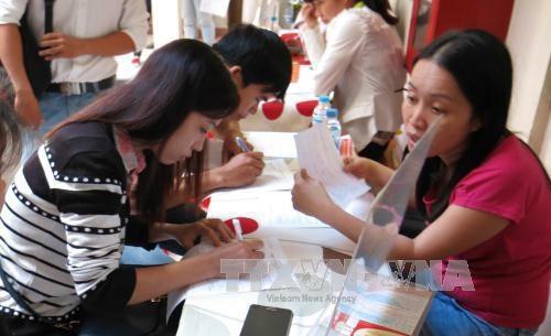 Bình Dương Đồng Nai recruit thousands of workers