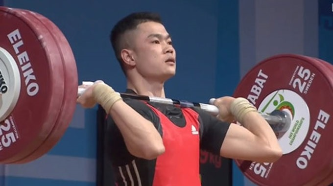 Việt Nam win six golds at world weightlifting event