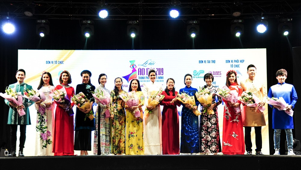 Twenty-six designers take part in Áo Dài Festival