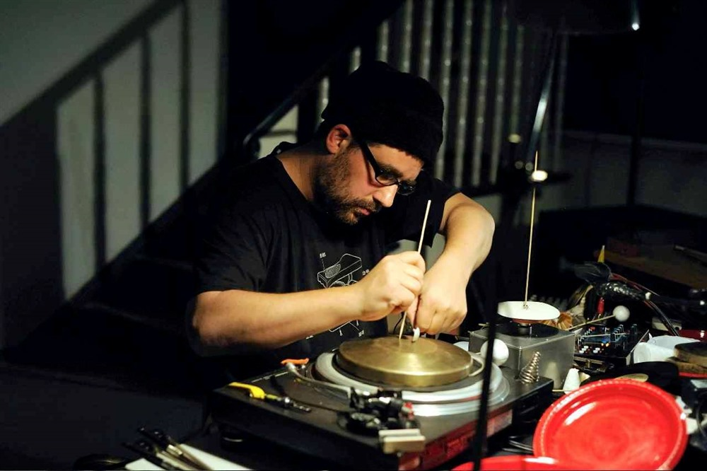 Berlin-based sound artist leads electronic music and performance workshop