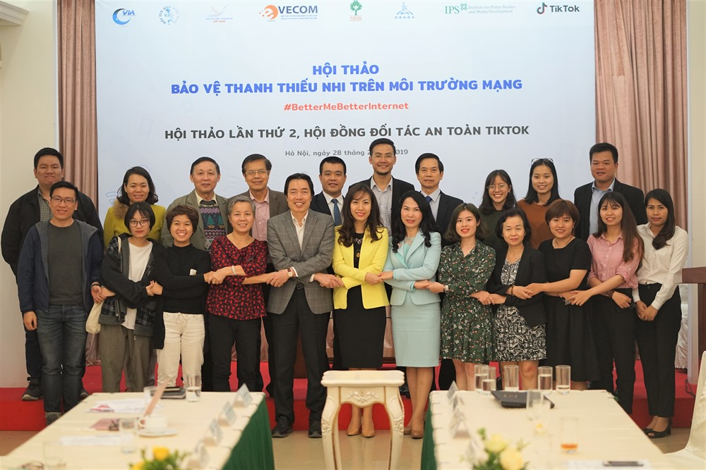 Tik Tok Việt Nams global campaign brings hope for safer online environment