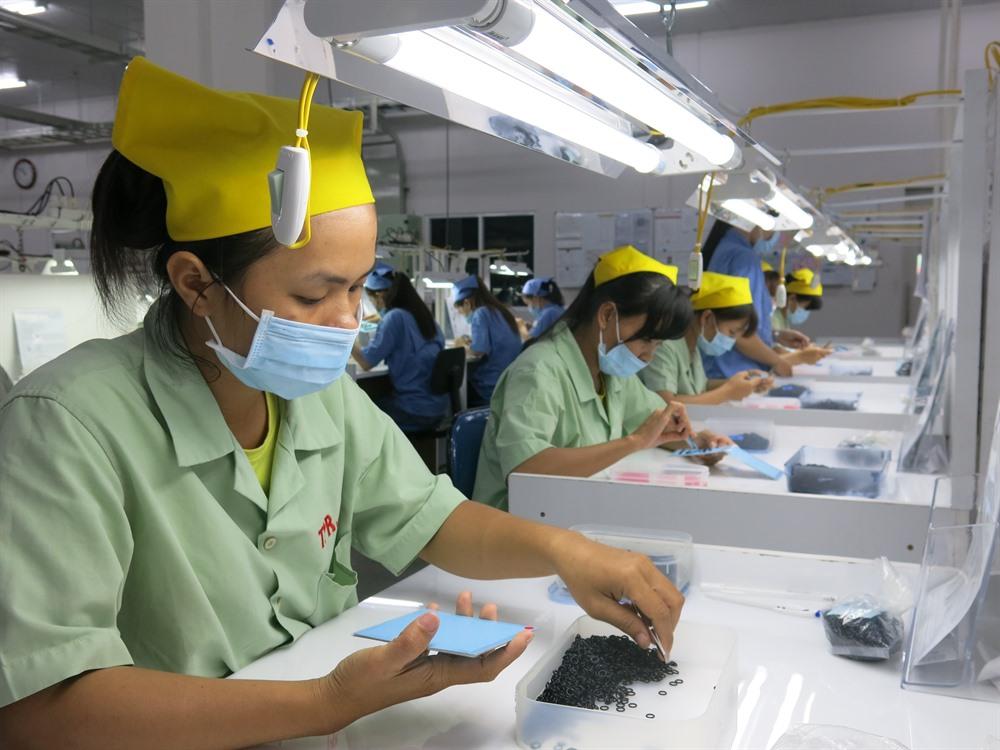 FDI reaches nearly 11 billion in three months