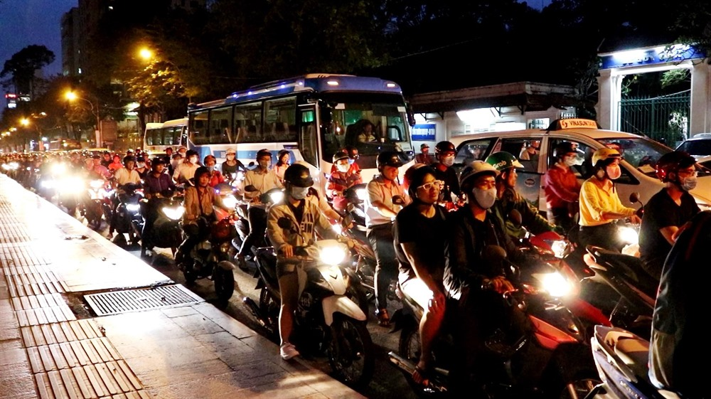 Improve public transport first before limiting vehicles in inner city: experts
