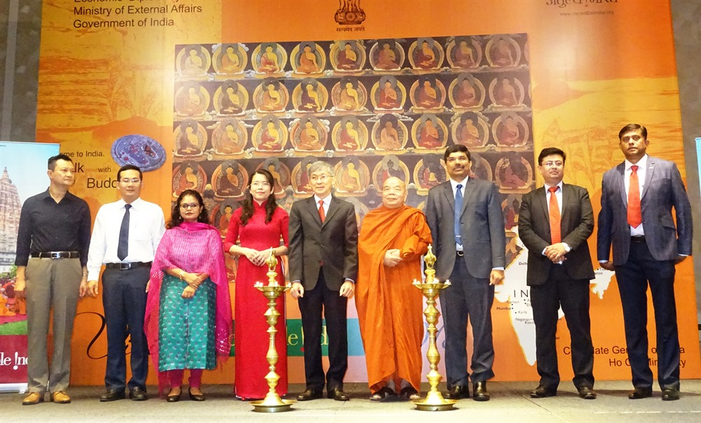 India VN seek to attract more tourists