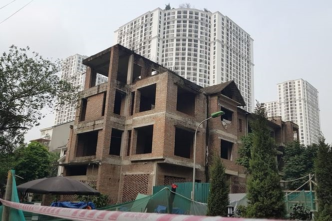 Hà Nội names and shames buildings with construction violations