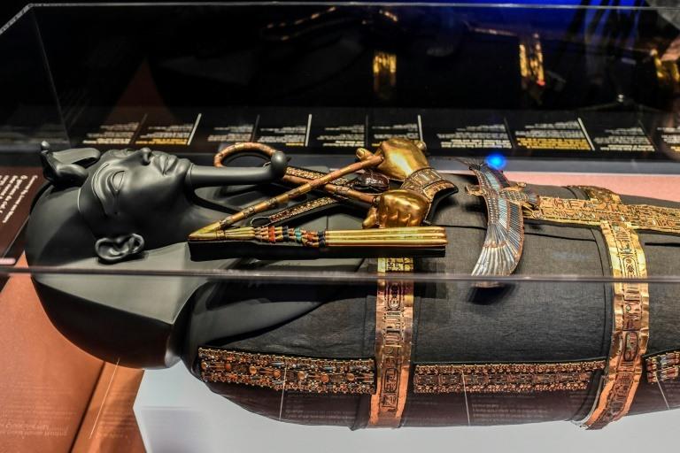 One million expected at blockbuster Paris Tutankhamun show