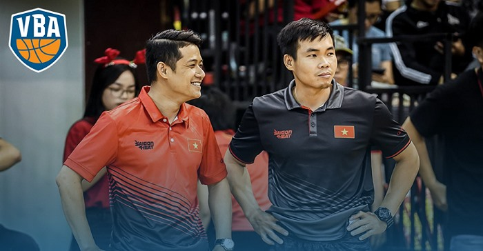 Cảnh to coach Danang Dragons in 2019