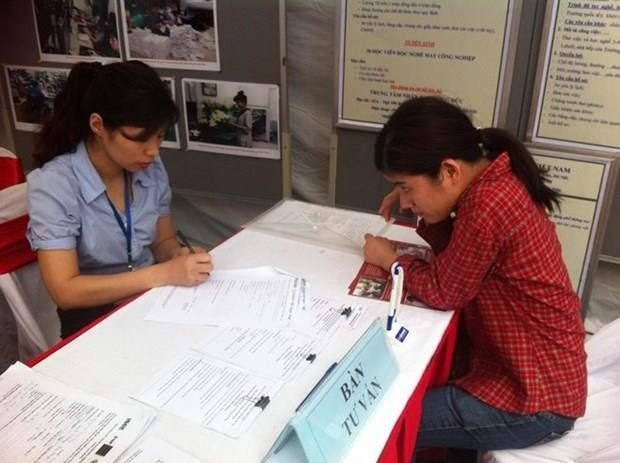 Việt Nam ratifies ILO Convention on employment for workers with disabilities
