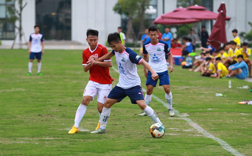 Fans come first at Phù Đổng FC
