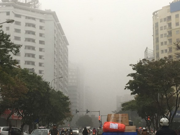 Hà Nội chokes on polluted air