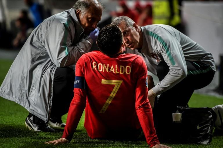 Injured Ronaldo returns to Turin for tests
