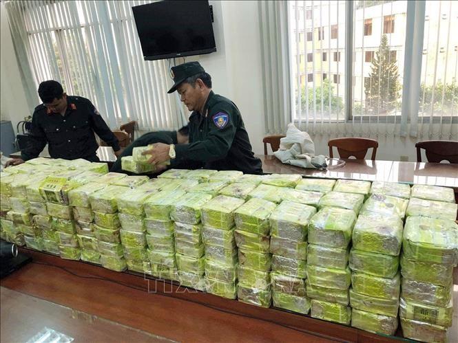 Urgent arrest warrant issued for leader of cross-border drug ring