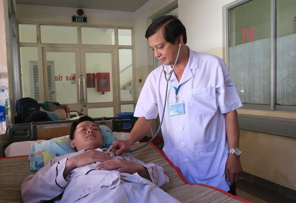 HCM City sees drop in measles dengue fever and HFM cases