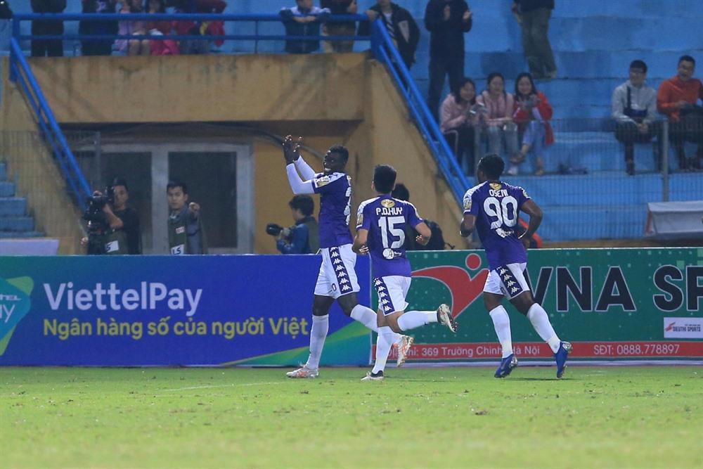 Hà Nội beat Viettel 2-0 in capital derby
