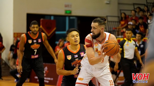 Mono Vampire beat Saigon Heat in ABL