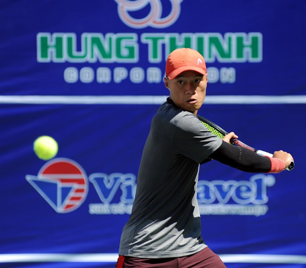 Tuấn wins first round of VTF Pro Tour