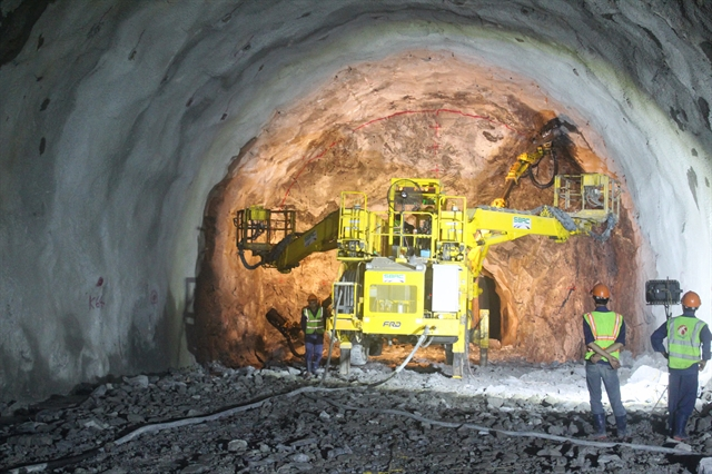 Drilling complete on Hải Vân tunnel 2 project